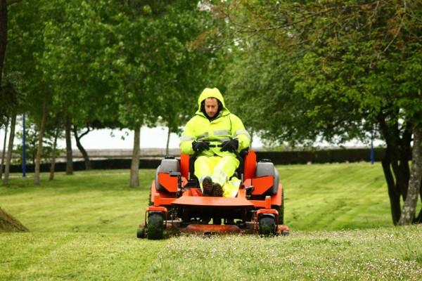Mantenimiento de jardines a coru a jardincelas for Trabajo de mantenimiento de jardines